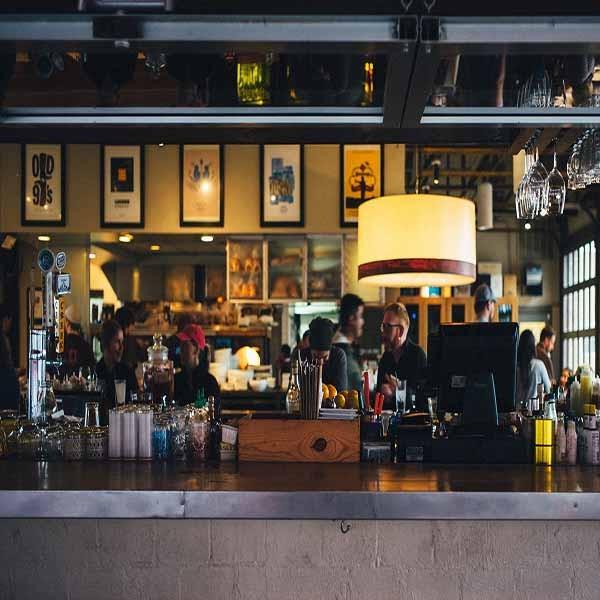 restaurant-690569_1920